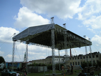 kvadrokonstrukce-a-podia-forum-kappa-01-d